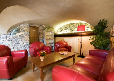 Le salon de l'hôtel avec un accès wifi gratuit